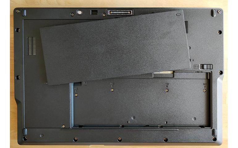 富士通 Fujitsu LifeBook E558评测