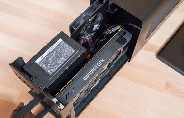 雷蛇 Razer Core X评测